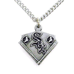 Chain Necklace & MLB Pendant Chicago White Sox