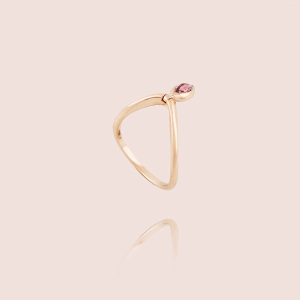 Swinging Marquise diamond V Ring
