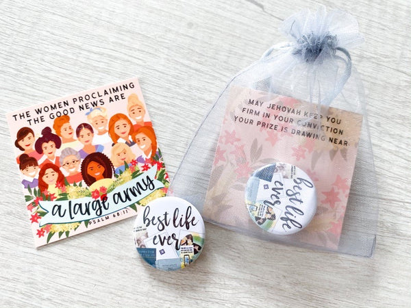 Best Life Ever & A Large Army Gift Bags - Pins
