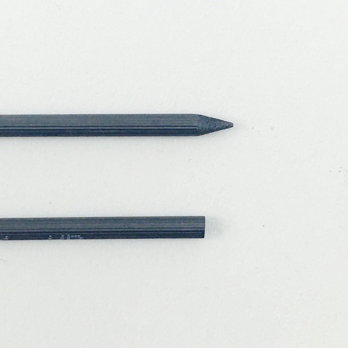 Staedtler Mars Lumograph Carbon Leads - 2mm