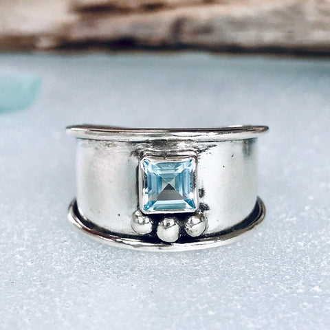 Lefler DesignStudio Beauty of Blue Ring ring