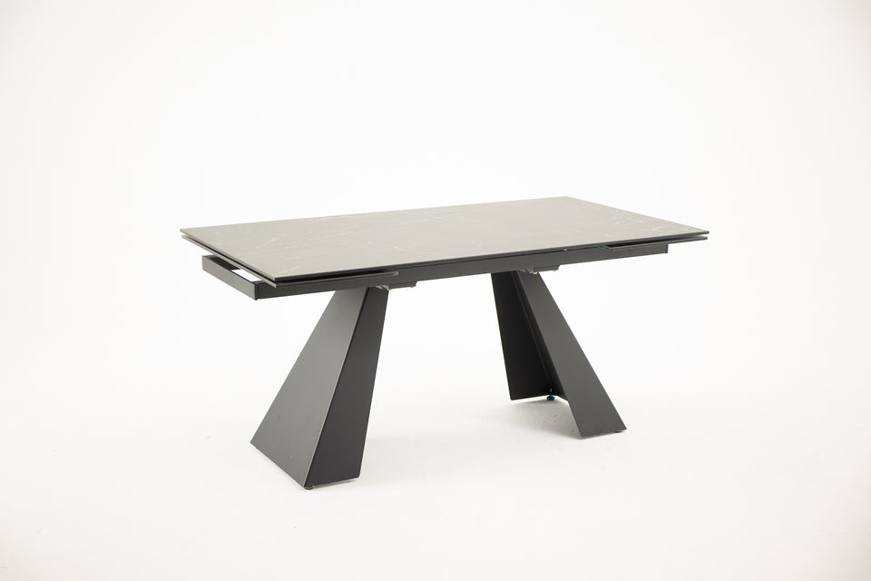 TROPICALE Extendable Dining Table