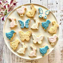 Load image into Gallery viewer, Spring Fling Springtime Fun Baking Set