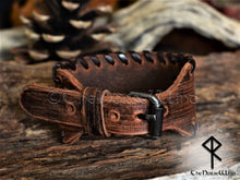 Load image into Gallery viewer, Brown leather bracelet - TheNorseWind