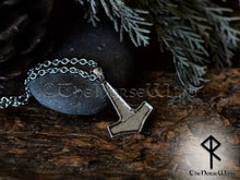 Load image into Gallery viewer, Thor's Hammer Mjolnir Necklace, Viking Necklace, Viking Jewelry, Celtic Thor Hammer Pendant Strength Amulet Norse Mythology Asatru TheNorseWind