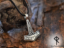 Load image into Gallery viewer, Viking Necklace Mjolnir Thor Hammer Pendant