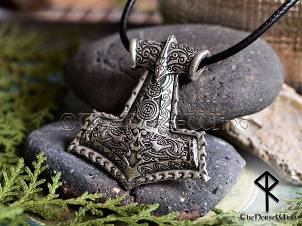 Thor's Hammer Mjolnir Pendant - Celtic Knotwork TheNorseWind