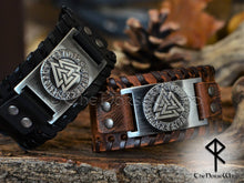 Load image into Gallery viewer, Viking Leather Bracelet Valknut