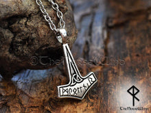 Load image into Gallery viewer, Thor's Hammer Viking Mjolnir Necklace