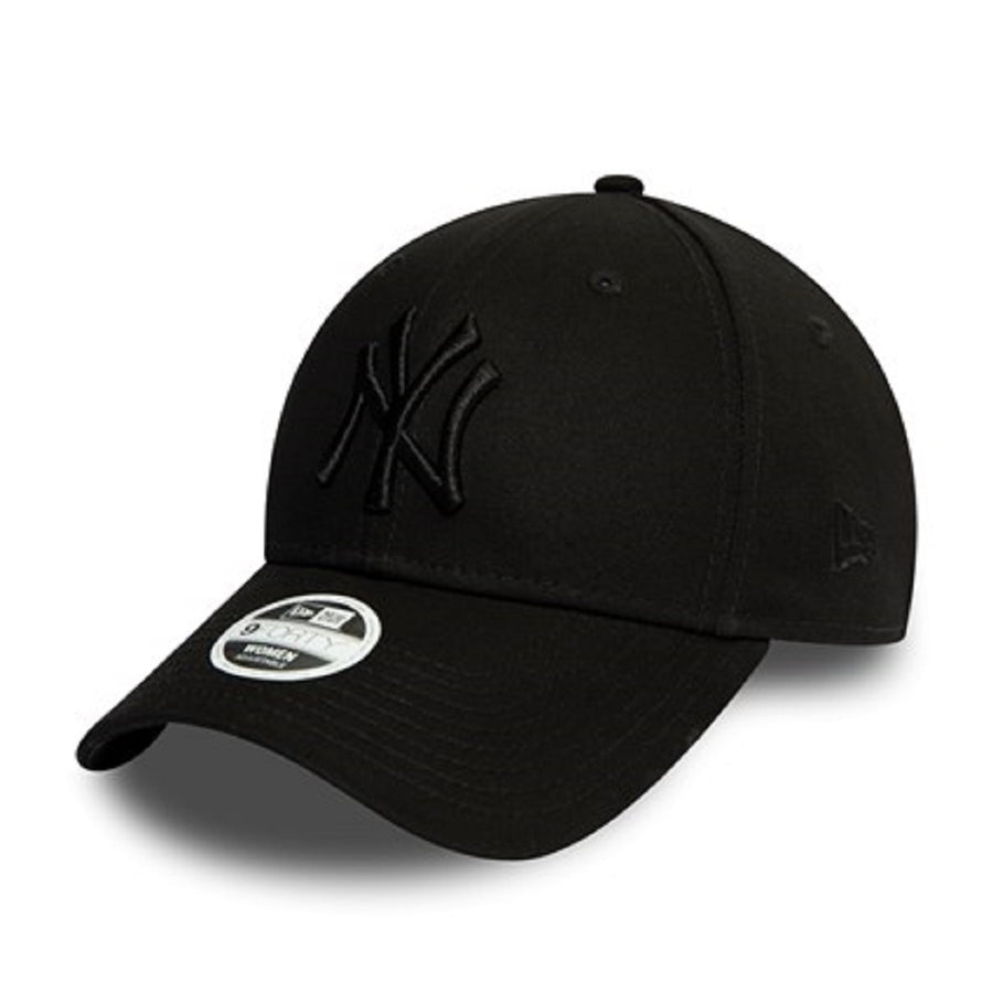 New York Yankees 9Forty Womens Essential Black/Black Cap
