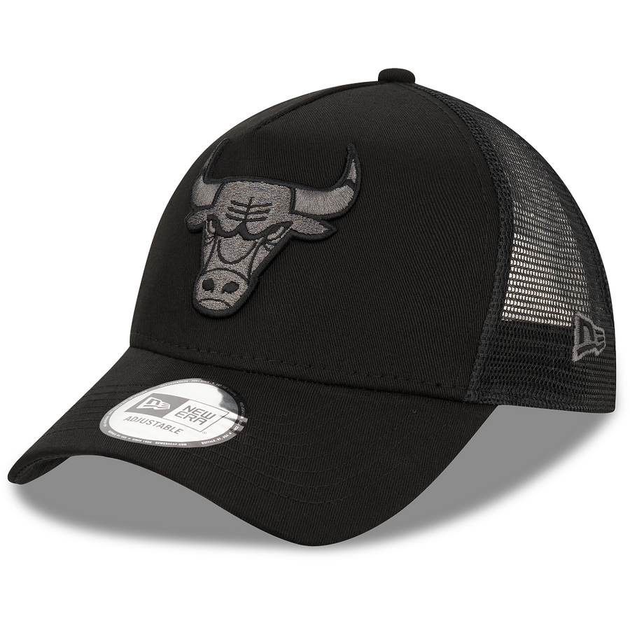 Chicago Bulls 9Forty Trucker Bob Team Logo Black/Black Cap