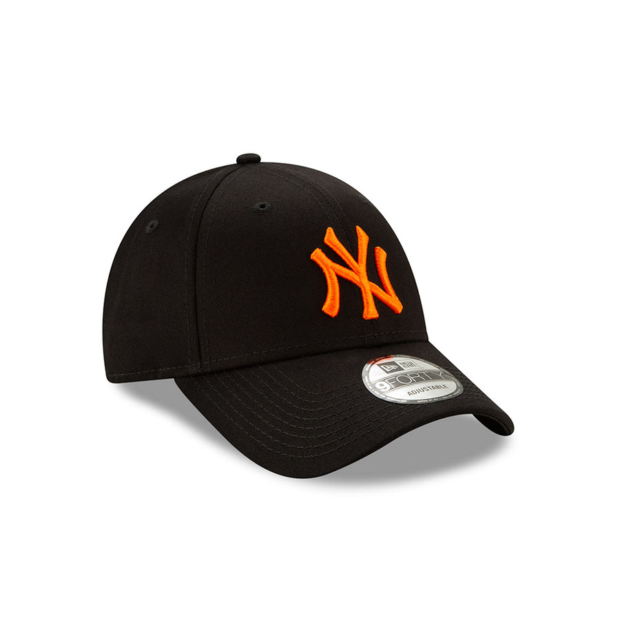 New York Yankees 9Forty League Essential Black Cap