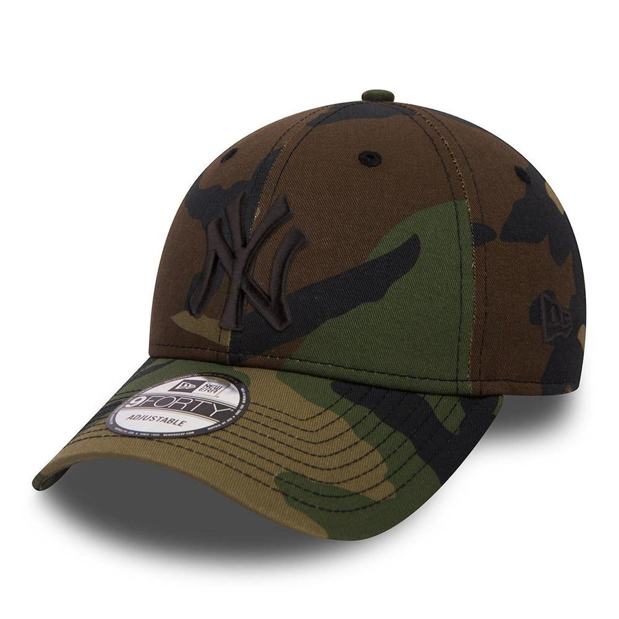 New York Yankees 9Forty League Essential Camo/Black Cap