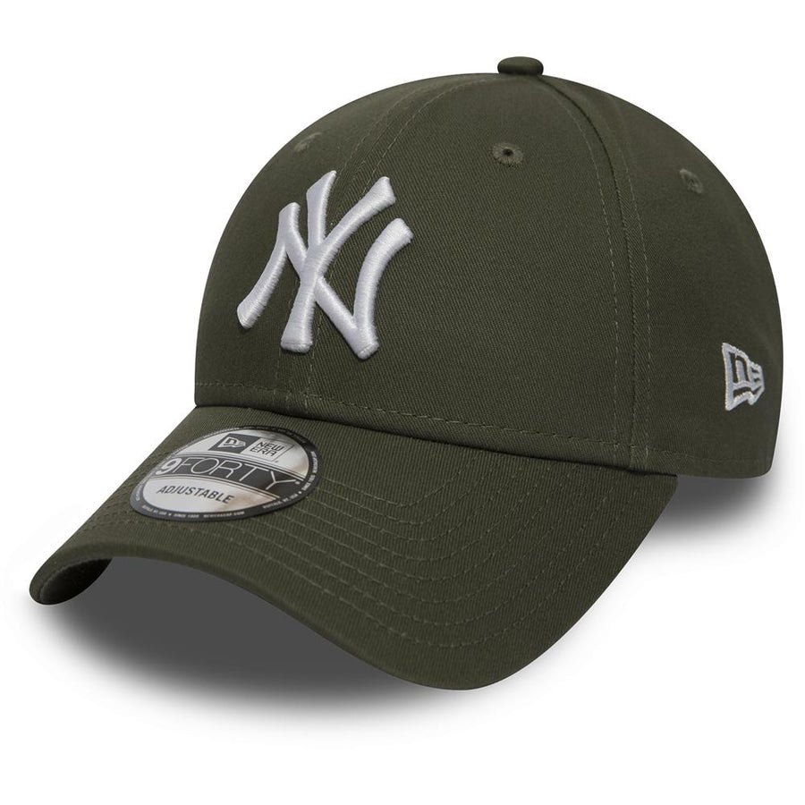 New York Yankees 9Forty League Essential Olive/White Cap