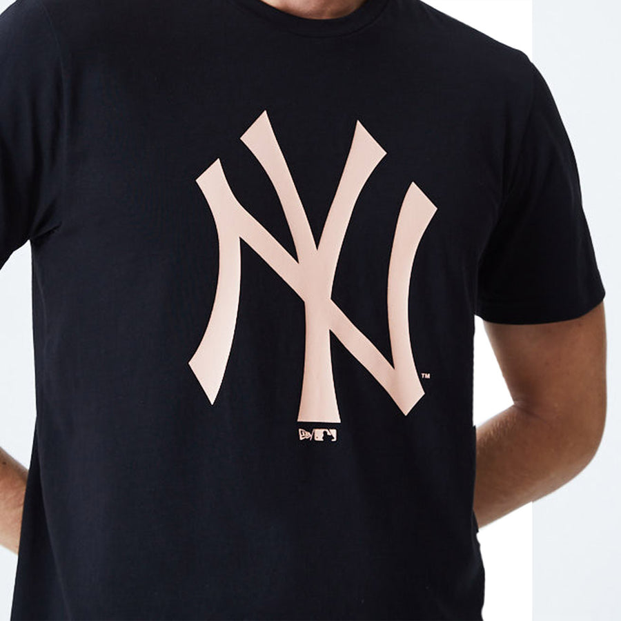 New York Yankees MLB Seasonal Team Logo Black Tee