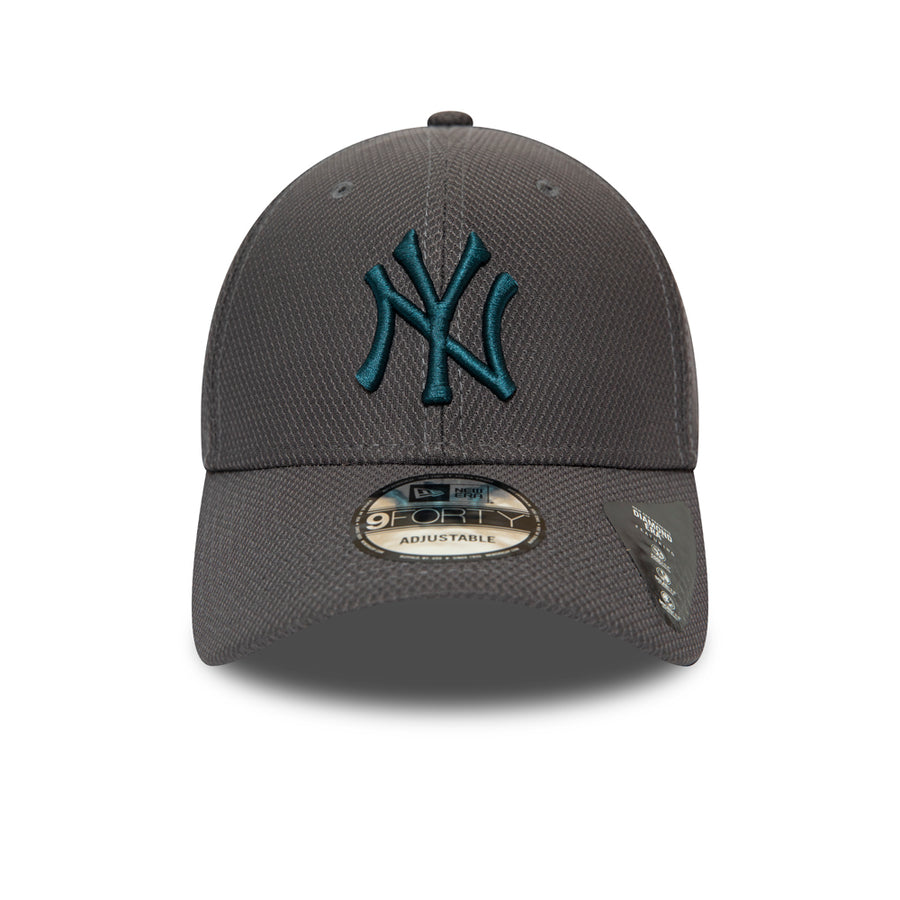 New York Yankees 9Forty Diamond Era Essential Graphite/Teal Cap
