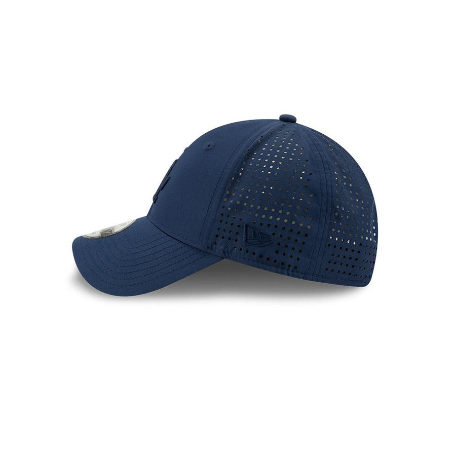 Los Angeles Dodgers 9Forty Feather Perf Navy Cap