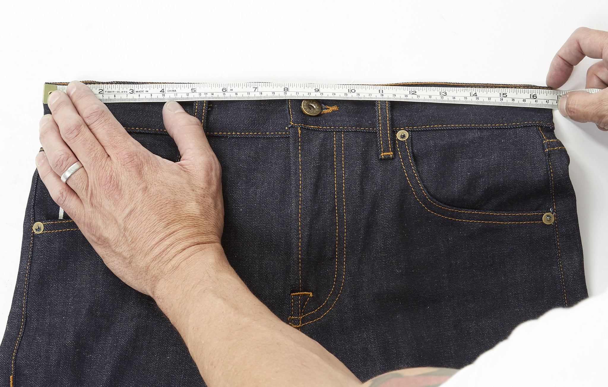 Measuring your selvedge denim jeans