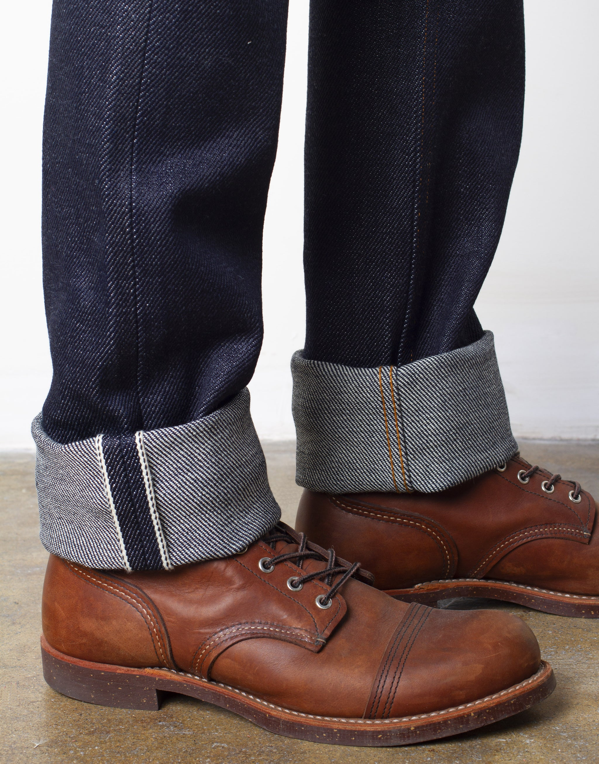 The True Straight 21.5oz Heavyweight Selvage