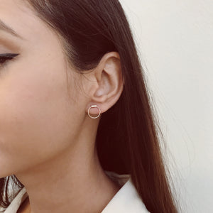 AMELIA 10KT BAR HOOP EARRINGS