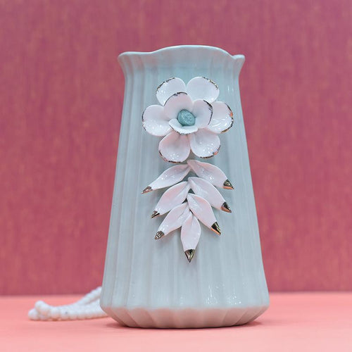 Tourqish Vase Pearl White Flower With Leaf