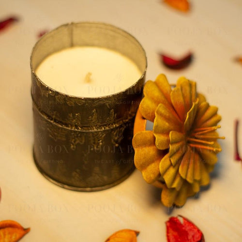 Scented Floral Candle - Medium Holder