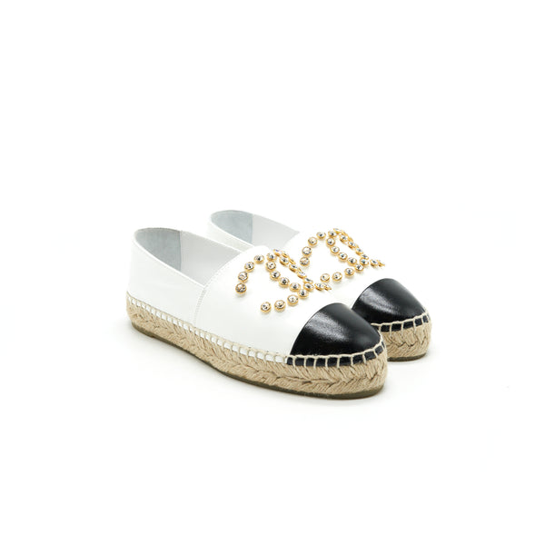 CHANEL White & Black Espadrilles Size35