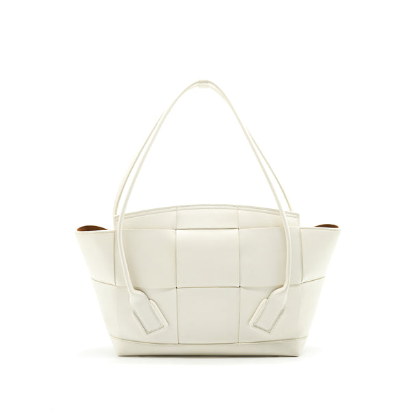 Bottega Veneta  Medium Arco Bag White