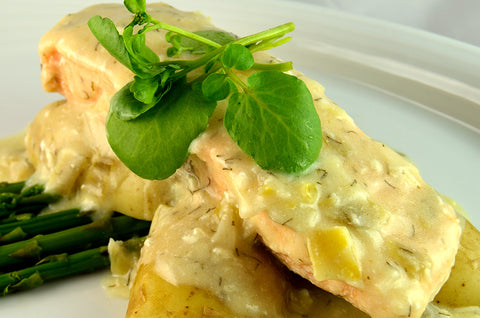 Salmon Steak in Cream, Leeks & White Wine