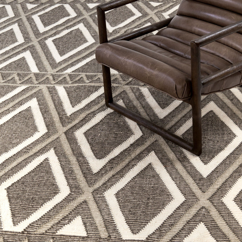 Grey & Cream Diamond Flatweave Rug