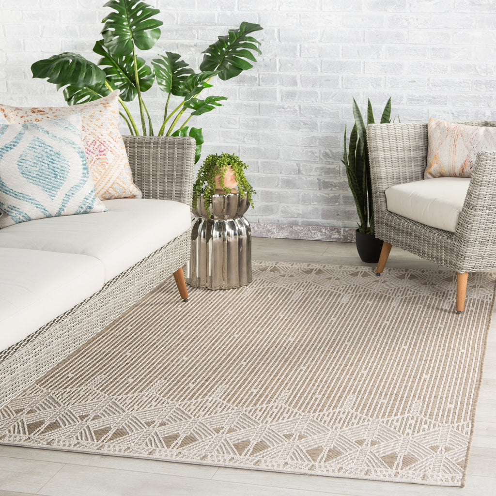 Belvidere Indoor/ Outdoor Geometric Taupe/ Cream Rug