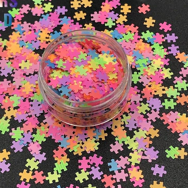 Glitter puzzles mix colors