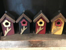 Load image into Gallery viewer, Small Bird House