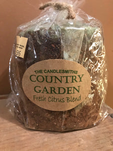 Country Garden Grubby Candle