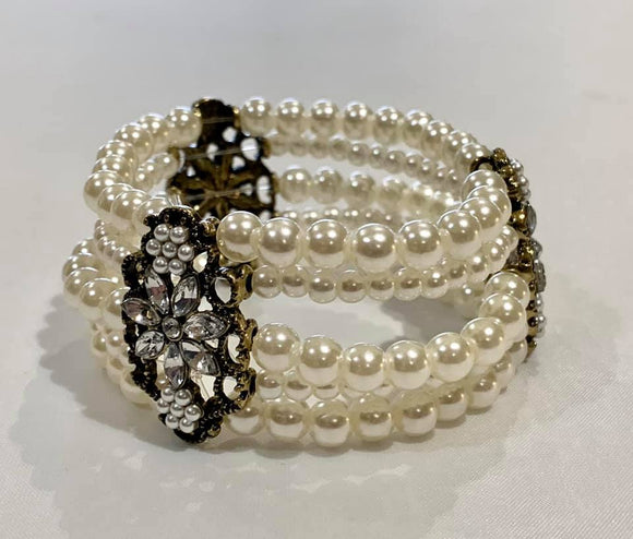Fashion Pearl Stretch Bracelet