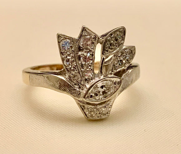 14K ESTATE DIAMOND RING
