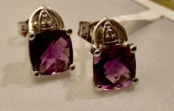 10K White Gold Amethyst Earrings