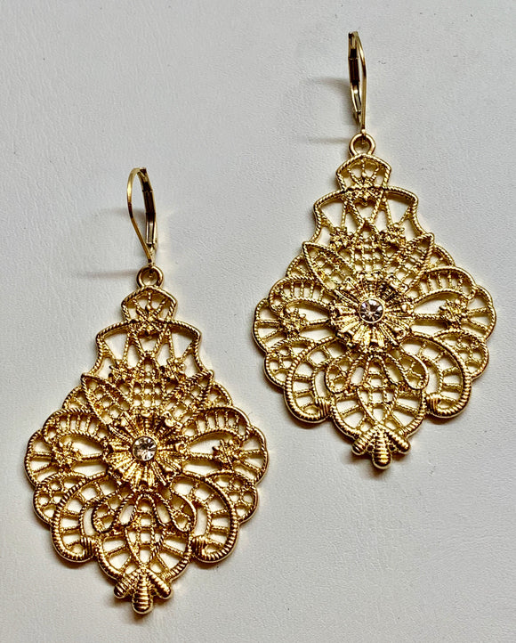 Fashion Filigree Earring