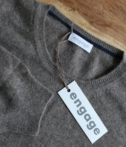 engage men's cashmere round neck sweater