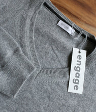 Laden Sie das Bild in den Galerie-Viewer, engage Herren Cashmere V-Pullover