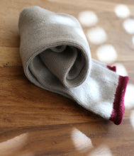 Laden Sie das Bild in den Galerie-Viewer, engage Cashmere Socken