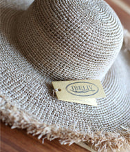 Load the image into the gallery viewer,Ibeliv raffia sun hat