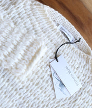 Laden Sie das Bild in den Galerie-Viewer, Stephan Boya Cashmere Pullover