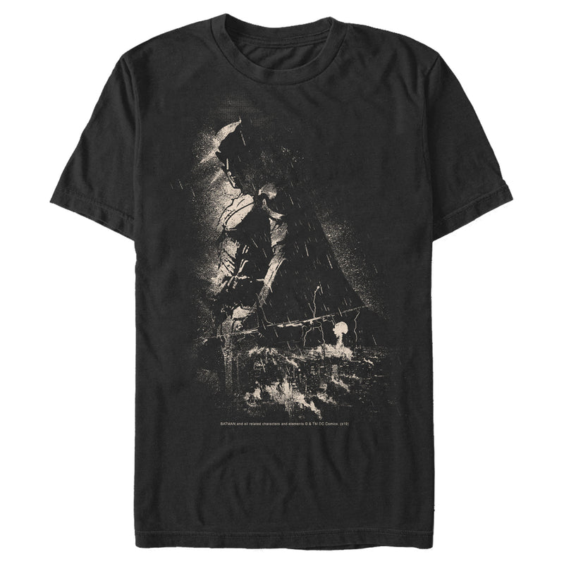 Batman Men's Grunge Hero in Shadow  T-Shirt  Black  L