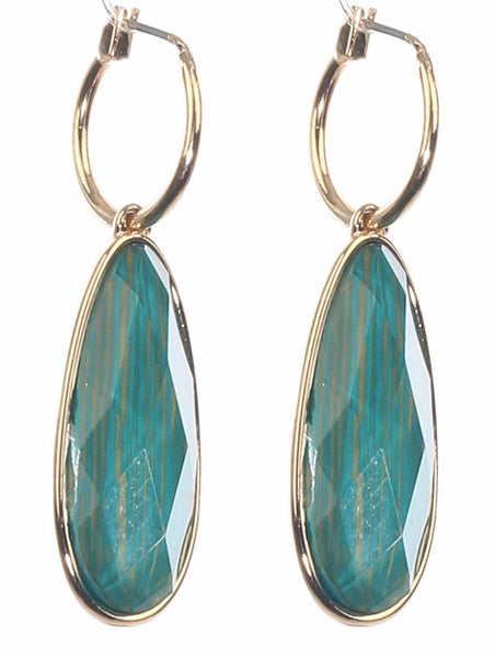 teardrop shape green gold earrings