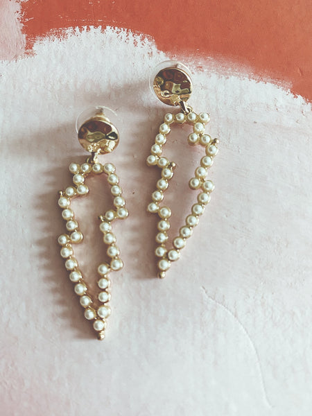 lightening bold earrings gold and pearl