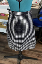 Load image into Gallery viewer, black ivory pencil skirt
