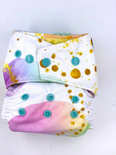 Load image into Gallery viewer, Dancing Bubbles - POPPY OSFM AI2 Cloth Nappy