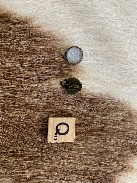 Cowhide Clip Earrings - Q