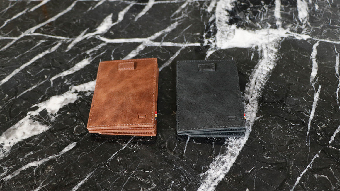Cavare Magic Coin Wallet Card Sleeve Brushed